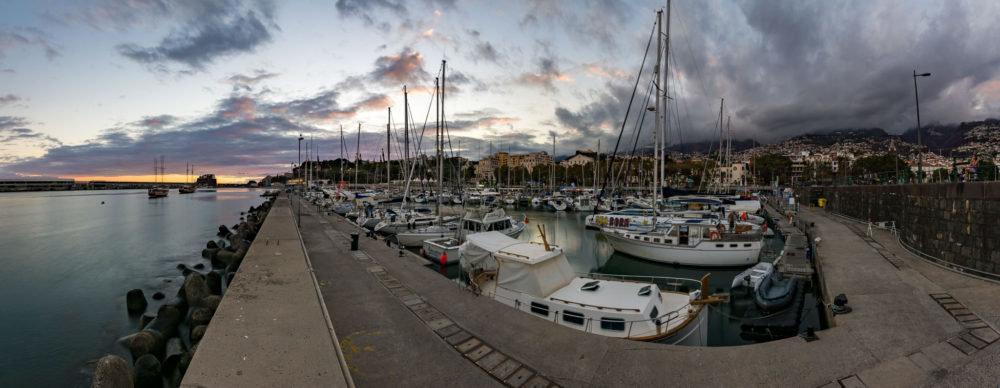 Přístav v hlavním městě Funchal - ostrov Madeira