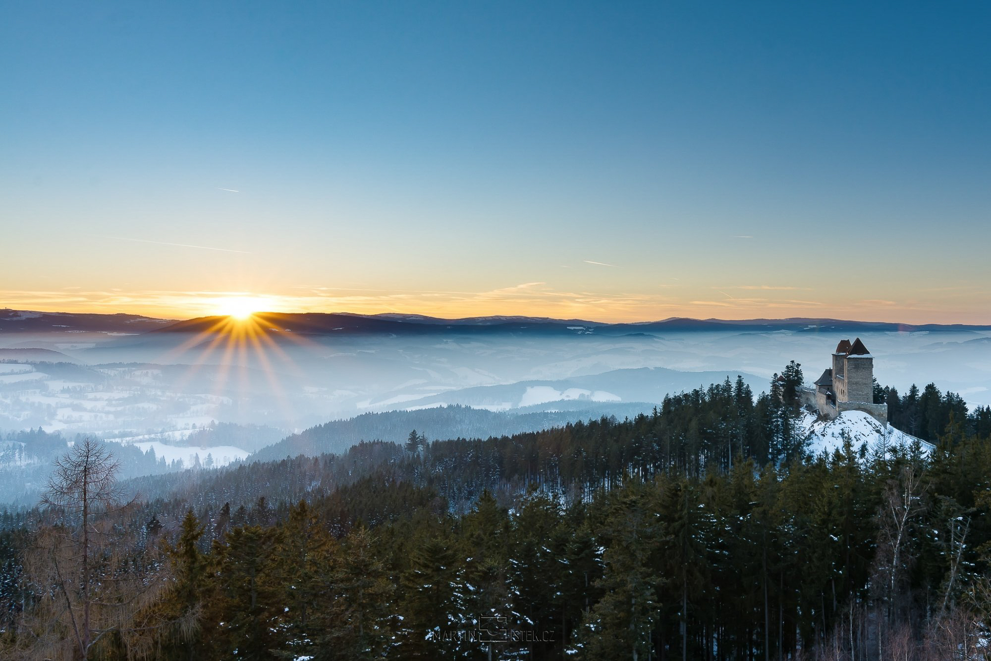 Západ a východ slunce na Šumavě